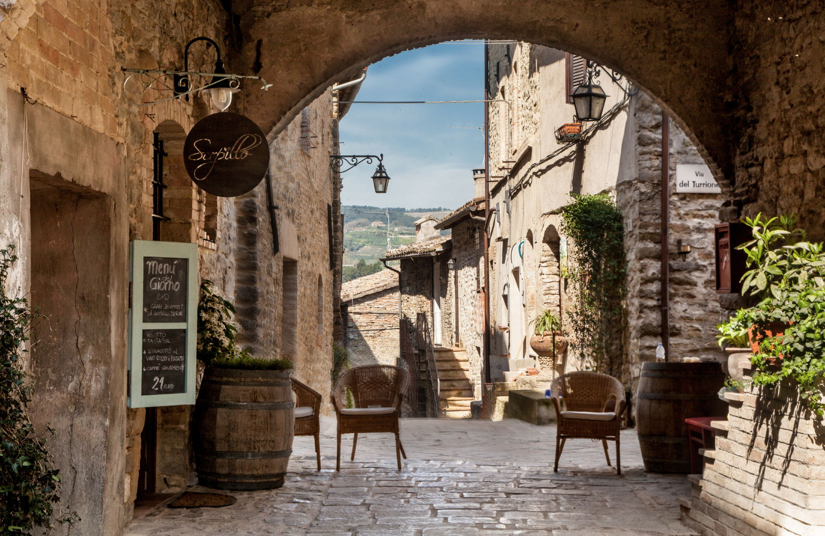 Italia borghi preziosi touring magazine for Piccoli piani di costruzione dell hotel
